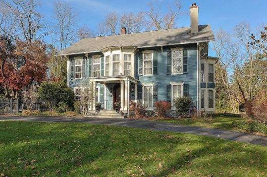 1850 Victorian House in Chappaqua