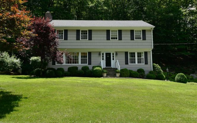 35 Mayberry Road Chappaqua NY